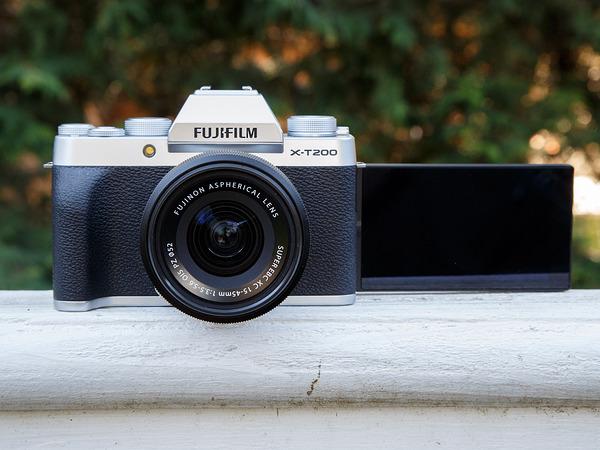 Canon EOS M50 Mark II vs Fujifilm X-T200: Những điều bạn cần biết Canon-eos-m50-mark-ii-hay-fujifilm-xt200-4