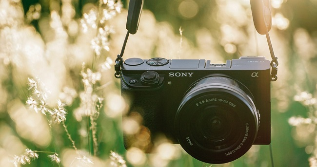 Review top máy ảnh kỹ thuật số ưa chuộng dùng để di du lịch
